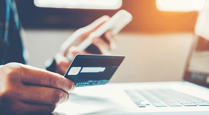 prototyping-mobile-banking-UI-design-wize-money-header