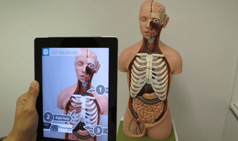 augmented-reality-uses-healthcare-app
