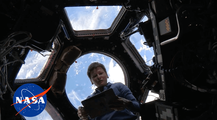 UX design at NASA - Peggy Whitson testing Playbook